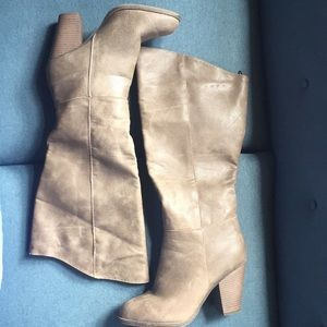 Forever 21 Faux Women's Leather Boots